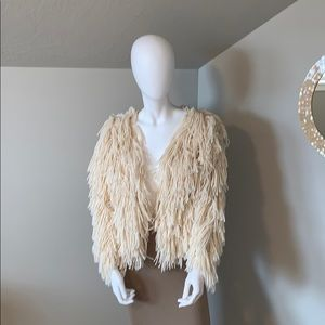 Windsor quii ivory fringed open front sweater S